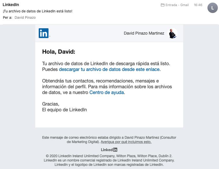 Email con enlace para descargar los datos de mis contactos de LinkedIn